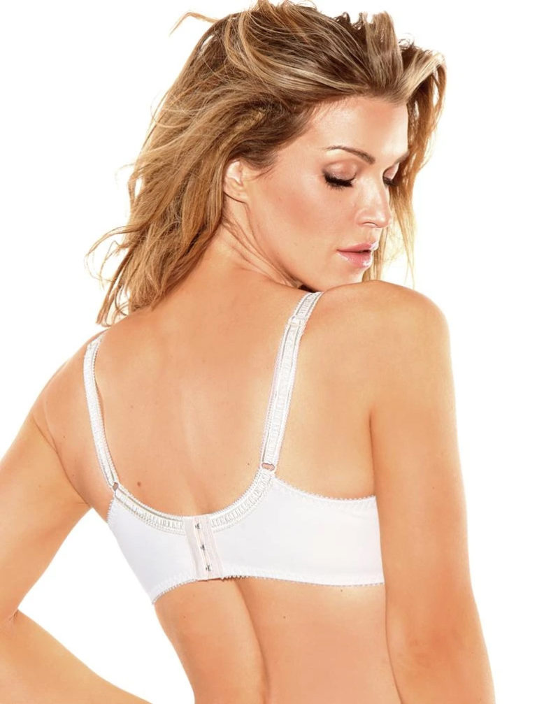 Fit Fully Yours Gloria Smooth Lace Underwire bra B1042 at Belle Lacet Lingerie in Chandler